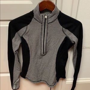 Lululemon sweater size 4